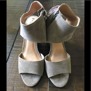 NWT Lucky Brand size 7 shoes